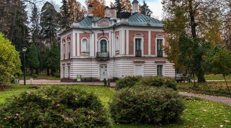 Дворец Петра III в Ораниенбауме открылся под Петербургом после реставрации
